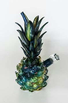 Ever wanted to learn how to make your own Cannabutter? Well cannabis tutorials has every how to guide for cannabis you could ever ask for. Malboro, Glass Pipes And Bongs, Weed Bong, Cool Bongs, Weed Pipes, Weed Art, Puff And Pass, Stoner Girl, Herbs