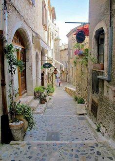 village in France, Saint-Paul-de-Vence provence La Provence France, Provance France, The Places Youll Go, Places To Visit, Belle France, Beaux Villages, Destination Voyage, French Countryside, French Alps