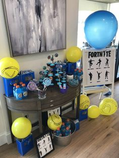 Fortnight party Nerf Birthday Party, Nerf Party, 12th Birthday, Birthday Party Decorations, Boy Birthday, Birthday Ideas, Soirée Pyjama Party, Minecraft Party, Parenting Plan