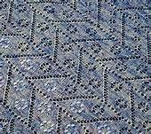 This pattern was specially designed to show how shawl is made from nothing. You can read more about it here. Cassie, Shawl, Free Pattern, Quilts, Knitting, Design, Dots, Waves, Tunisian Crochet