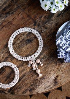 knotted Scandi-style trivett