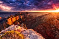 Unbelievable photo! So beautiful. See more natural wonders http://www.mygrandcanyonpark.com/natural-wonders/