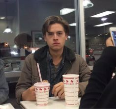 cole, sprouse, and cole sprouse Bild