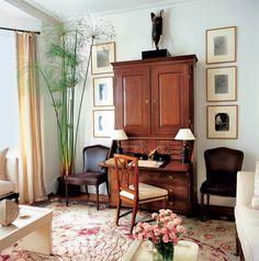 London apartment of Hugh Henry