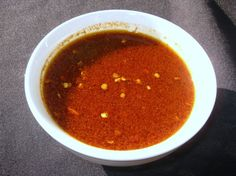 Traditional Portuguese Piri Piri Sauce For Chicken Recipe - I Love Churrasqueira Chicken And Have Been Looking For A Recipe To Make It Myself I Found This On Breakfast Television Torontos Web Site They Got The Recipe From Roasty Chicken Churrasqueira Whic Barbacoa, Piri Piri Sauce Recipe, Portugese Chicken, Portuguese Recipes, Portuguese Food, Portuguese Sauce Recipe, Sauce Recipes, Cooking Recipes, Food Recipes
