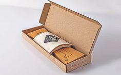 Cactusmade.com Soporte para notebook portátil. Portable Laptop sand.  Packaging Design