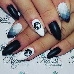 Nails art degrade