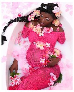 Couple Pregnancy Photoshoot, Maternity Dresses For Photoshoot, Pregnancy Goals, Cute Maternity Outfits, Photoshoot Themes, Maternity Shoots, Pregnant Outfits, Girl Maternity Pictures, Pregnancy Pictures