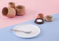 Pinch pot in solid wood by Constantinos Hoursoglou for shibui.ch