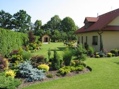 landscaping – Gardening Ideas, Tips & Techniques Large Backyard Landscaping, Farmhouse Landscaping, Landscape Design, Garden Design, Front Yard Design, Beautiful Flowers Garden, Backyard Retreat, Dream Garden, Lawn And Garden
