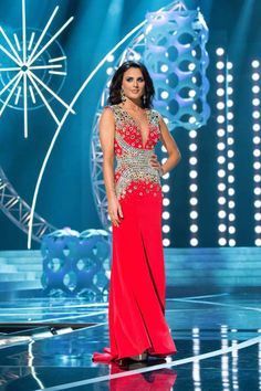 Pageant Question of the Day: Perfect Gown | http://thepageantplanet.com/questions/pageant-question-of-the-day-perfect-gown/