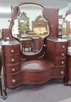 American Mahogany Dresser - Morris Antiques