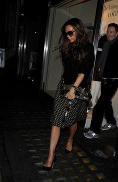 Victoria Beckham Photo - Victoria Beckham Goes Shopping