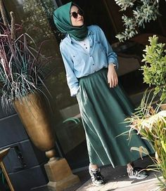 summer outfits with hijab best outfits Street Hijab Fashion, Arab Fashion, Islamic Fashion, Muslim Fashion, Modest Fashion, Trendy Fashion, Fashion Outfits, Trendy Style, Hijab Elegante