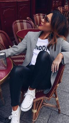 casual outfits for winter ; casual outfits for work ; casual outfits for women ; casual outfits for school ; Casual Chic Outfits, Cute Casual Outfits, Comfortable Outfits, Dress Casual, Casual Jeans, Casual Clothes, Blazer Outfits Casual, How To Wear Casual, Casual Shoes