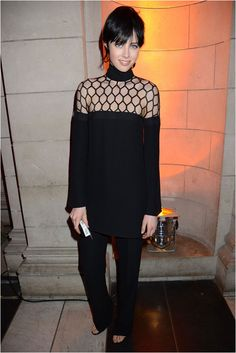 KEEPING IT CLASSIC IN BLACK. Edie Campbell in Gucci.