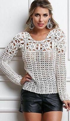 Elegante blusa de crochê