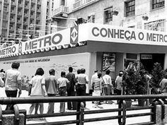 Quando o metrô chegou à cidade, nos anos 70, o governo precisou instalar esta…