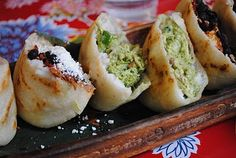 Caracas Arepa Bar in New York... gots to go there.