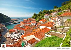 If you're planning to do a route through #Asturias, #Cudillero is a must! @TurismoAsturias #spain #visitspain
