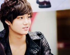 kai he is adorable. Nice natural hair too!