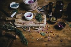The Mountain Rose Blog – Guide to Making Tinctures | Wych Way To The Oils