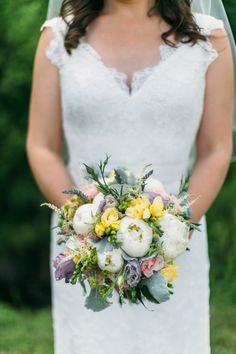 Beautiful bouquet: http://www.stylemepretty.com/2015/04/28/casual-summer-wedding-at-hermitage-inn/ | Photography: Hello Love Photography - www.hellolovephoto.com
