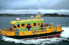AMBULANCIAS NAVALES  Apetece una guardia en una de estas unidades ? http://ambulanciasyemerg.blogspot.com/2014/09/ambulancias-navales.html