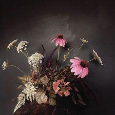 Ikebana Arrangements, Floral Arrangements, Flower Arrangement, Wedding Table Centerpieces, Floral Centerpieces, Floral Wedding, Wedding Flowers, Wedding Decor, Floral Artwork
