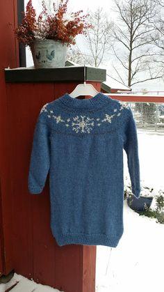 Elisabeth.H hobbyside: Miras kjole fra Julekongen