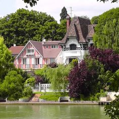 Guinguettes are riverside spots just outside of Paris where the Impressionist painters used to hang out. You can still go to one for a magical afternoon or evening of food, live music and dancing.