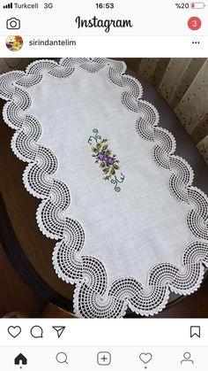 Alıntı Diğer hasaplarim 👇👇👇👇👇👇👇👇👇 … Quote has Sarah Morgan. Crochet Braid Pattern, Crochet Square Patterns, Crochet Borders, Crochet Designs, Lace Knitting, Knitting Stitches, Knitting Patterns, Crochet Table Runner, Doilies Crochet