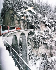 Landwasser Viaduct view from Glacier Express Glacier Express Switzerland, Places To Travel, Places To Visit, Travel Destinations, Travel Tips, Travel Europe, Travel Ideas, Shopping Travel, Travel Goals