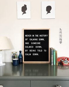 The most versatile and minimalist decoration for your home - felt letter board. Totally in love with and all of the fun boards they create! Inspirational and funny letter board quotes. The Letter Tribe Great Quotes, Quotes To Live By, Me Quotes, Funny Quotes, Inspirational Quotes, Motivational, Word Board, Quote Board, Message Board