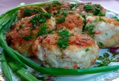 Chicken cutlets with crab sticks Crab Stick, Potato Patties, Chicken Cutlets, Cooking Together, Mashed Potatoes, Main Dishes, Food And Drink, Yummy Food, Meat
