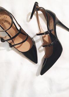 Banana Republic // Desiree Three Strap Black Patent Leather Heel