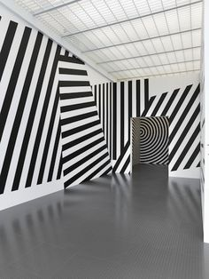 At a Glance: the Centre Pompidou-Metz's retrospective of Sol LeWitt's Wall Drawings from 1968 to 2007 - ArtLife Magazine