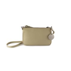 Missy Small Cream by Dicami. A high quality compact and lightweight handbag made of fine Italian pebbled calf leather that can be worn either under the shoulder or as cross body bag. Made in Italy using fine Italian leather. How To Make Handbags, Italian Leather, Calf Leather, Cross Body, Compact, Calves, Crossbody Bag, Italy, Cream