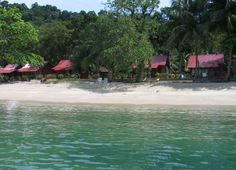 Pulau Pangkor is an island off the coast of Perak in north-west peninsular Malaysia, reached by ferry from Lumut (a small coastal town that . Malaysia Truly Asia, Beautiful Islands, Coastal, Places, Lugares