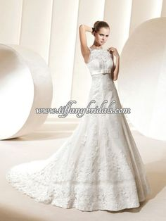 I love lace! La Sposa Wedding Dresses, Wedding Dress Styles, Yes To The Dress, One Shoulder Wedding Dress, Fashion Dresses, Lace, Fashion Show Dresses, La Sposa Wedding Gowns, Trendy Dresses