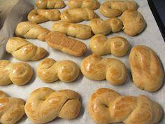 Κουλουράκια μαστίχας !!! ~ ΜΑΓΕΙΡΙΚΗ ΚΑΙ ΣΥΝΤΑΓΕΣ Bagel, Bread, Food, Brot, Essen, Baking, Meals, Breads, Buns