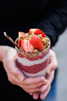 Coconut Chia Pudding with Fig and Strawberry -