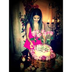 Selena Gomez Celebrates 20th Birthday With Boyfriend Justin Bieber ❤ liked on Polyvore featuring selena gomez and my sweet babygirl