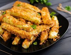 Zucchini Sticks, Parmesan, Clean Eating, Pasta, Finger Food, Dessert Recipes, Food And Drink, Appetizers, Stuffed Peppers