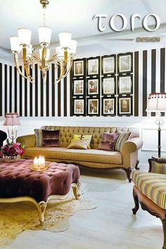Va oferim un set superb pentru living!  Mai multe obiecte de mobilier lucrat manual in stilurile Baroque, Avant Garde, Art Deco si Oriental va asteapta in showroom-ul nostru din Bd. Pipera nr.25A sau pe www.torodesign.ro. Blue Cafe, Living, Mai, Baroque, Showroom, Blues, Art Deco, Lounge, Couch