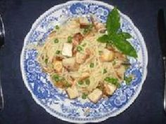 Tofu is the protein packed ingredient in this traditional dish. The homemade creamy sauce is prepared perfectly and the addition of almonds is just right.
