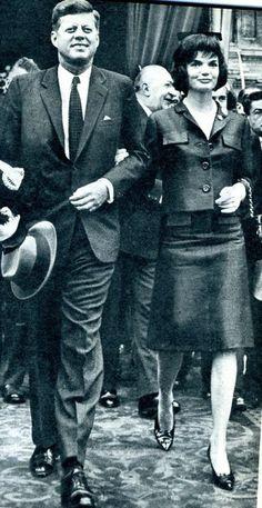 1961. Par René VITAL. JFK and Jackie. Paris. (René Vital pour Paris-Match) (recadrage)