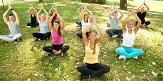 Yoga para iniciantes: poses, sequências e dicas