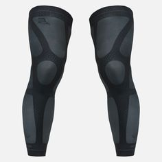 Exercise with confidence in our compression knee sleeves. Buy today!