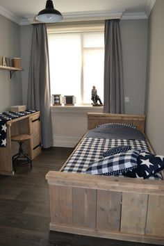 trendy boy room , this is trendy and modern because its simple but elegant